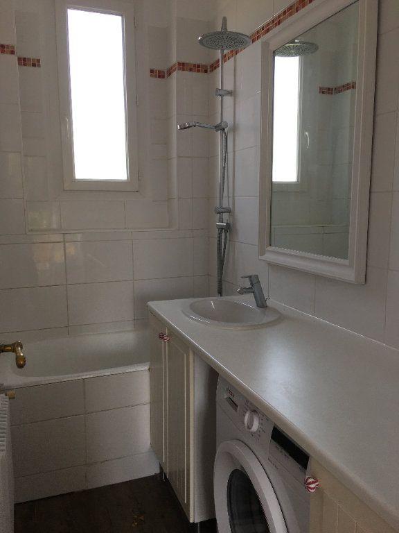Appartement à louer 4 65.02m2 à Vanves vignette-10
