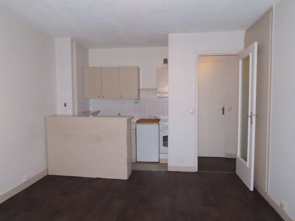Appartement à louer 1 24.24m2 à Vanves vignette-2