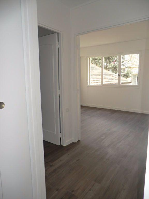 Appartement à louer 1 21.3m2 à Vanves vignette-5