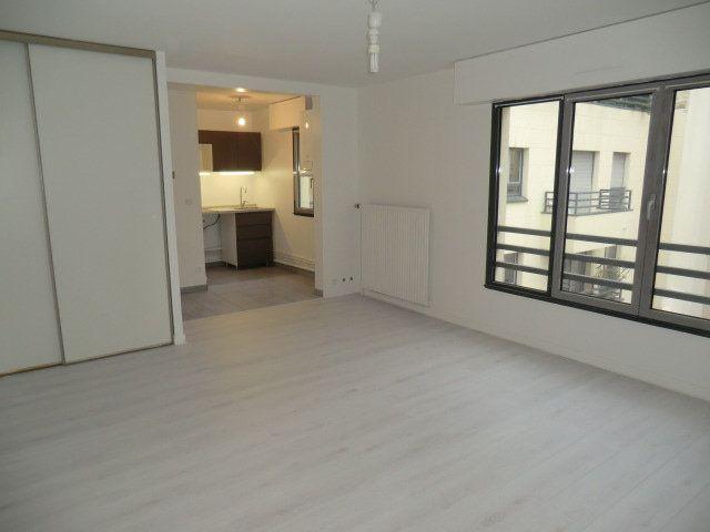 Appartement à louer 1 31.11m2 à Vanves vignette-1