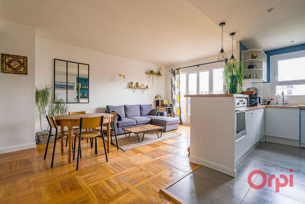Appartement à vendre 3 74.61m2 à Vanves vignette-2