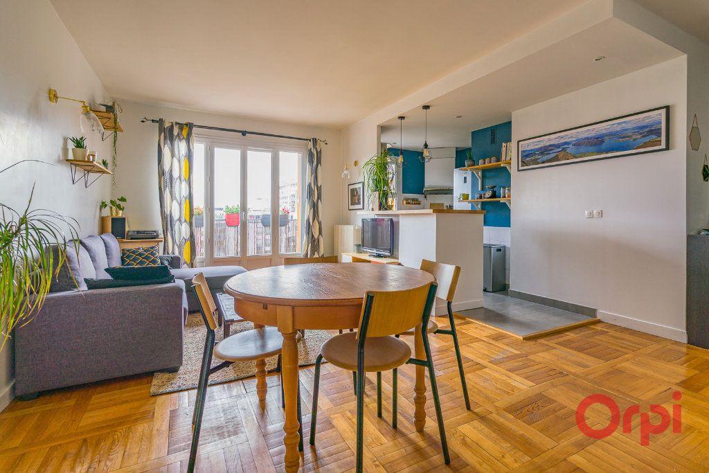 Appartement à vendre 3 74.61m2 à Vanves vignette-3