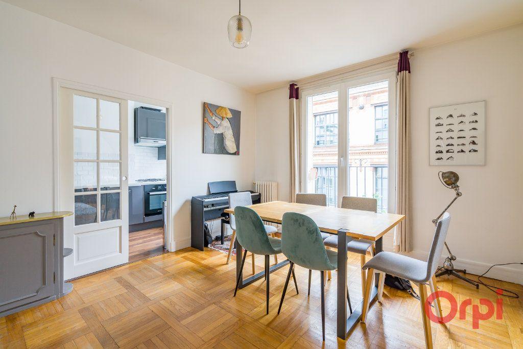 Appartement à vendre 4 74m2 à Paris 15 vignette-2