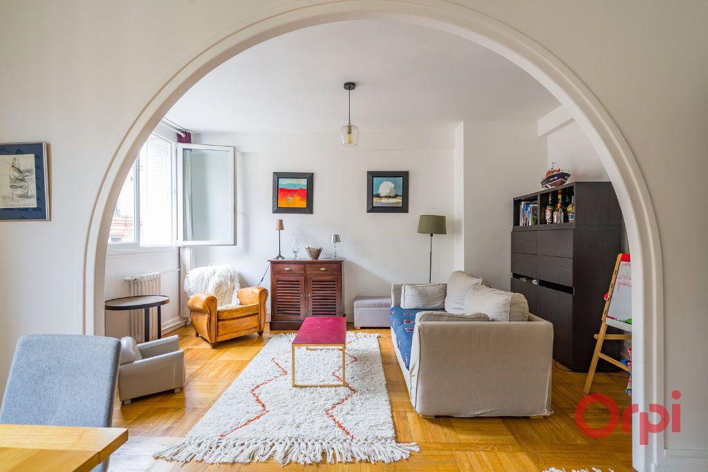 Appartement à vendre 4 74m2 à Paris 15 vignette-5