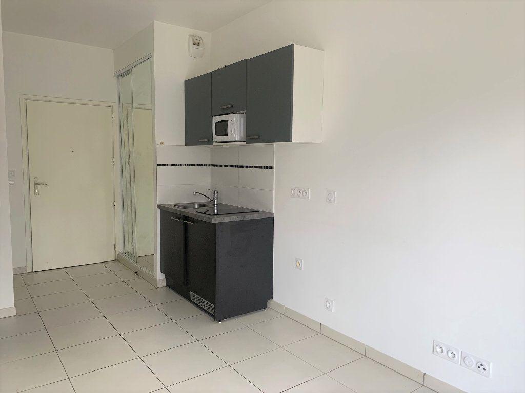 Appartement à louer 1 31.39m2 à Châtillon vignette-5