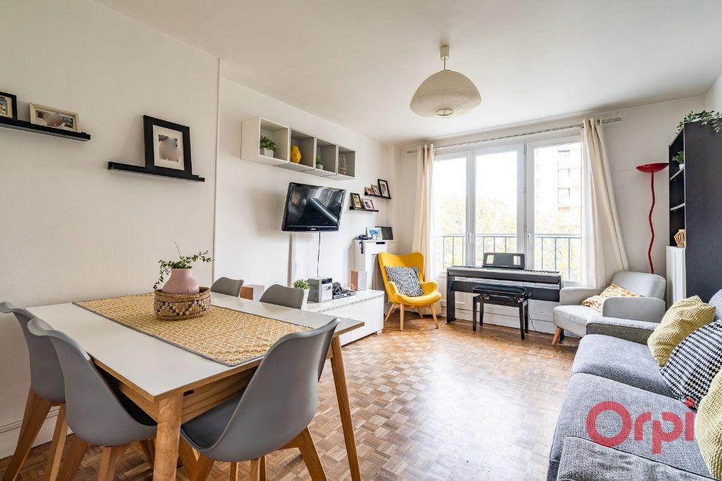 Appartement à vendre 4 72.09m2 à Vanves vignette-1