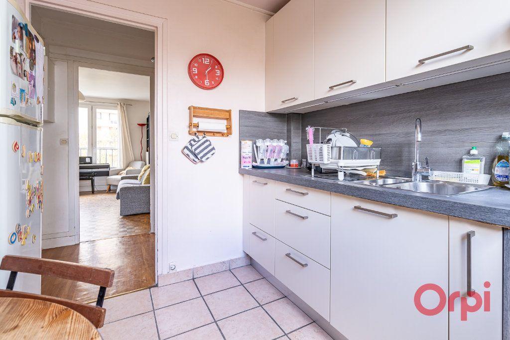 Appartement à vendre 4 72.09m2 à Vanves vignette-4