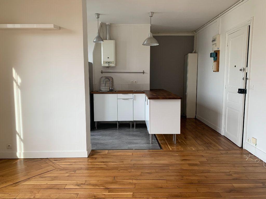 Appartement à louer 2 36.15m2 à Malakoff vignette-2