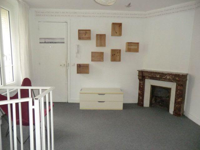 Appartement à louer 2 42.03m2 à Vanves vignette-1