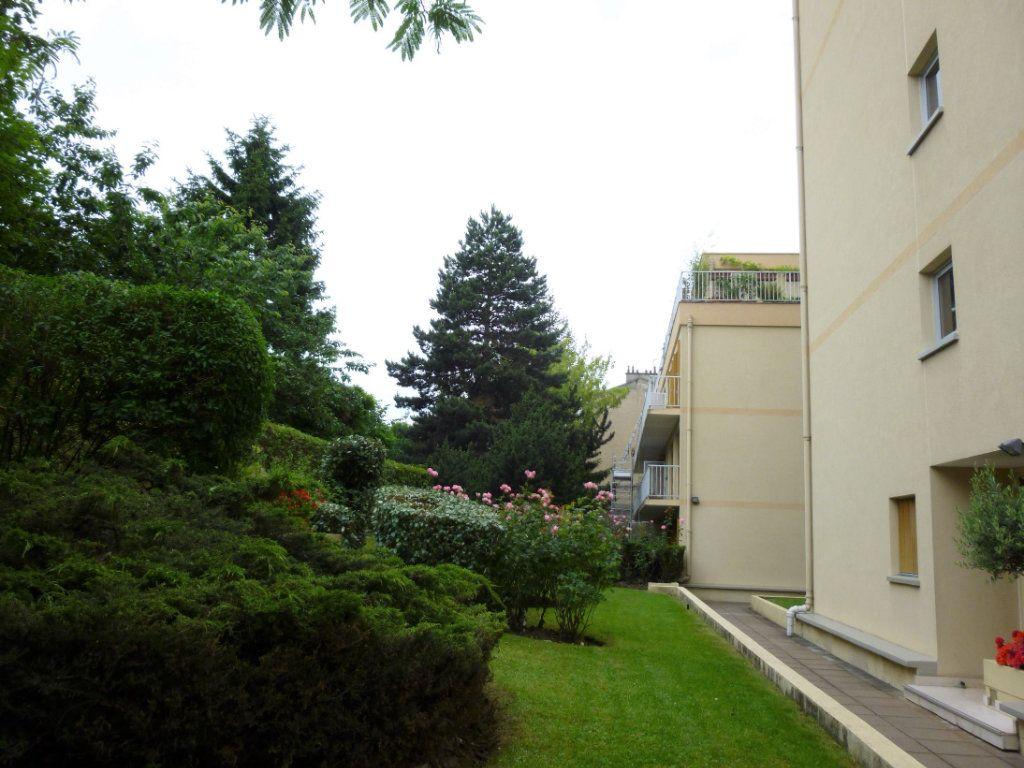 Appartement à louer 2 44.83m2 à Malakoff vignette-10