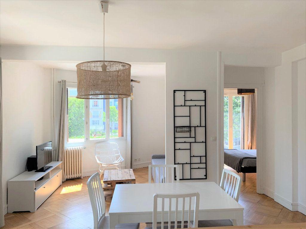 Appartement à louer 3 51.3m2 à Vanves vignette-8