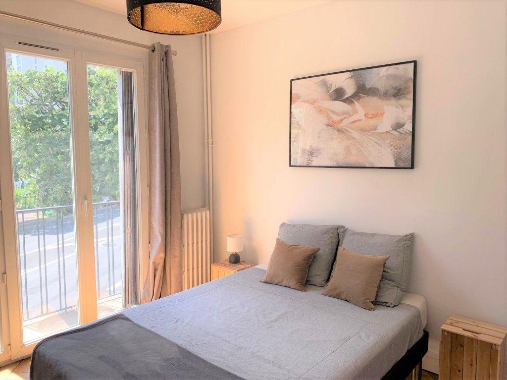 Appartement à louer 3 51.3m2 à Vanves vignette-9