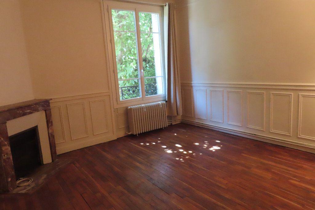 Appartement à louer 2 32.75m2 à Vanves vignette-2
