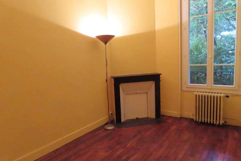 Appartement à louer 2 32.75m2 à Vanves vignette-4