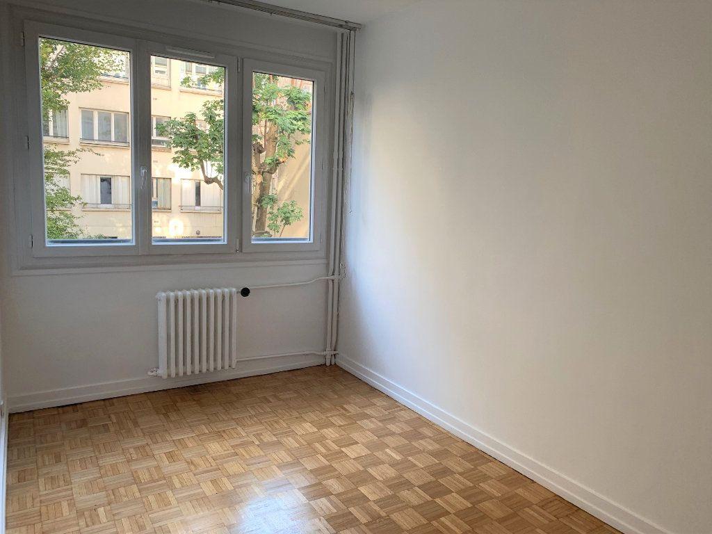 Appartement à louer 3 62.2m2 à Vanves vignette-5