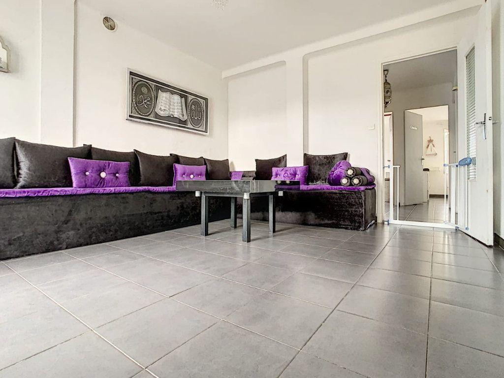 Appartement à vendre 3 63m2 à Perpignan vignette-1