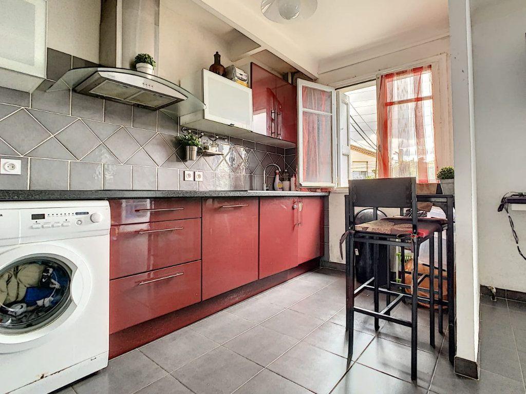 Appartement à vendre 3 63m2 à Perpignan vignette-3
