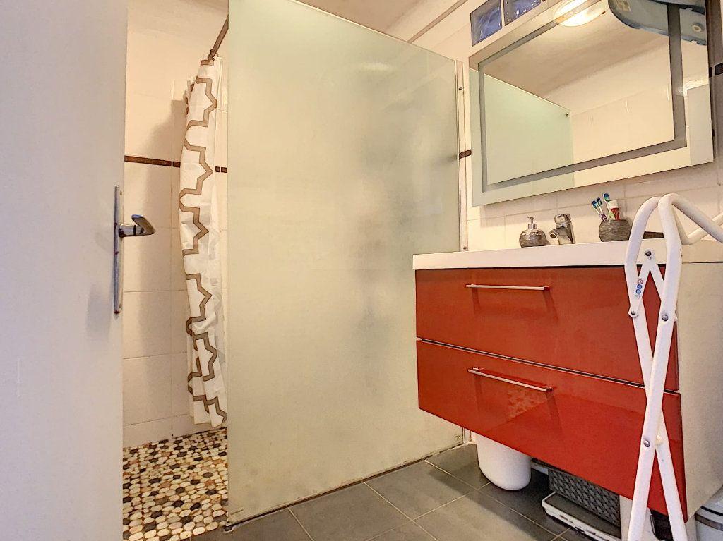 Appartement à vendre 3 63m2 à Perpignan vignette-4