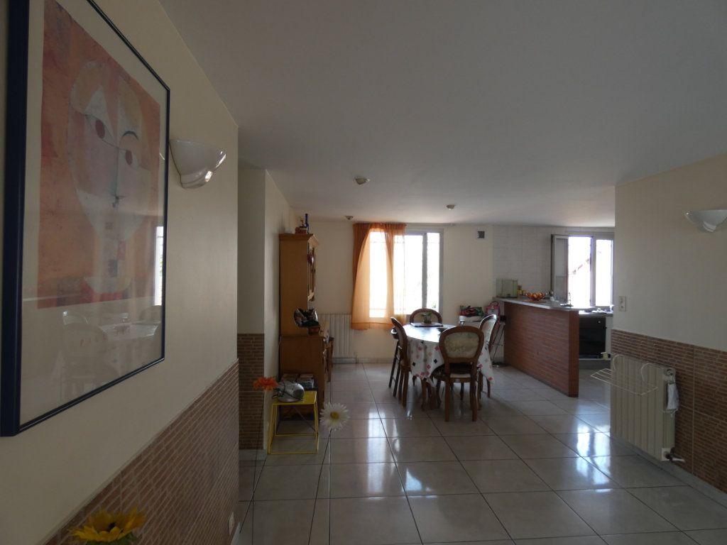 Appartement à vendre 4 148.78m2 à Perpignan vignette-4