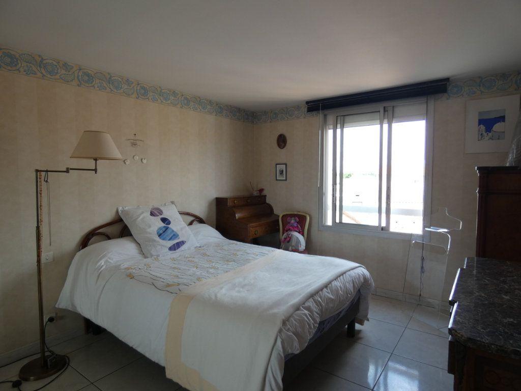 Appartement à vendre 4 148.78m2 à Perpignan vignette-7