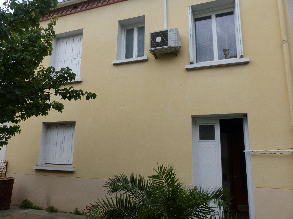 Maison à vendre 4 126m2 à Perpignan vignette-3