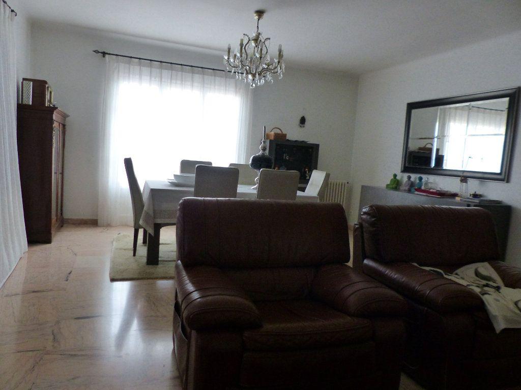 Maison à vendre 5 130m2 à Perpignan vignette-2