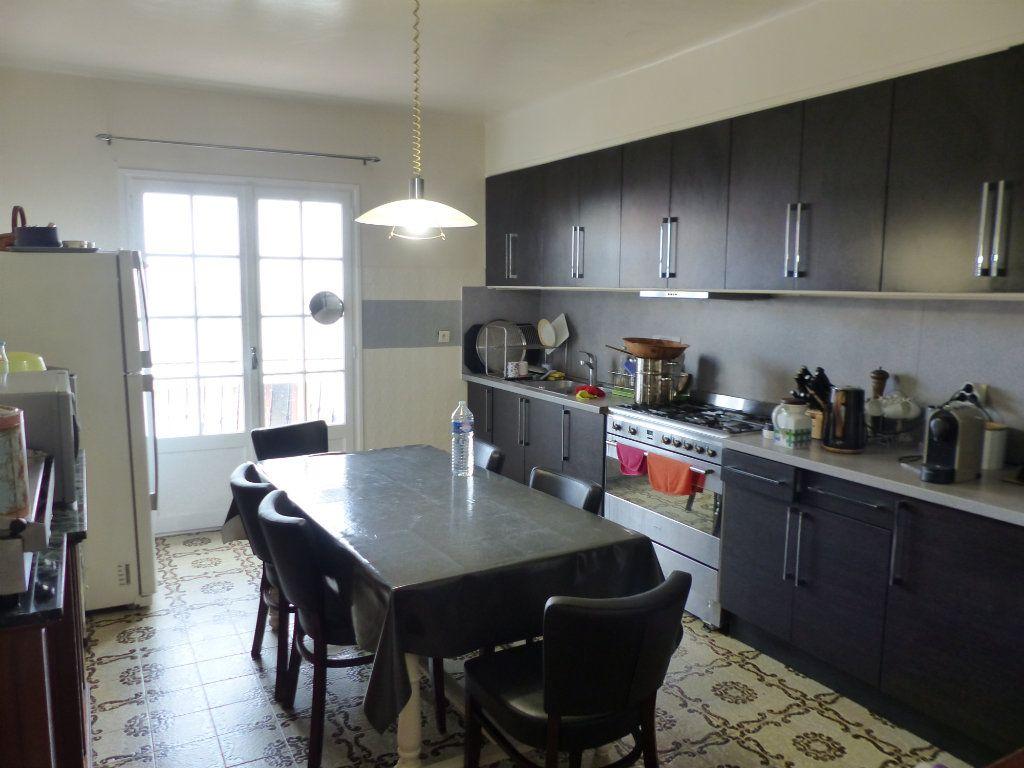 Maison à vendre 5 130m2 à Perpignan vignette-3