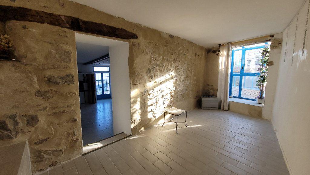 Maison à vendre 4 118m2 à Bélesta vignette-2