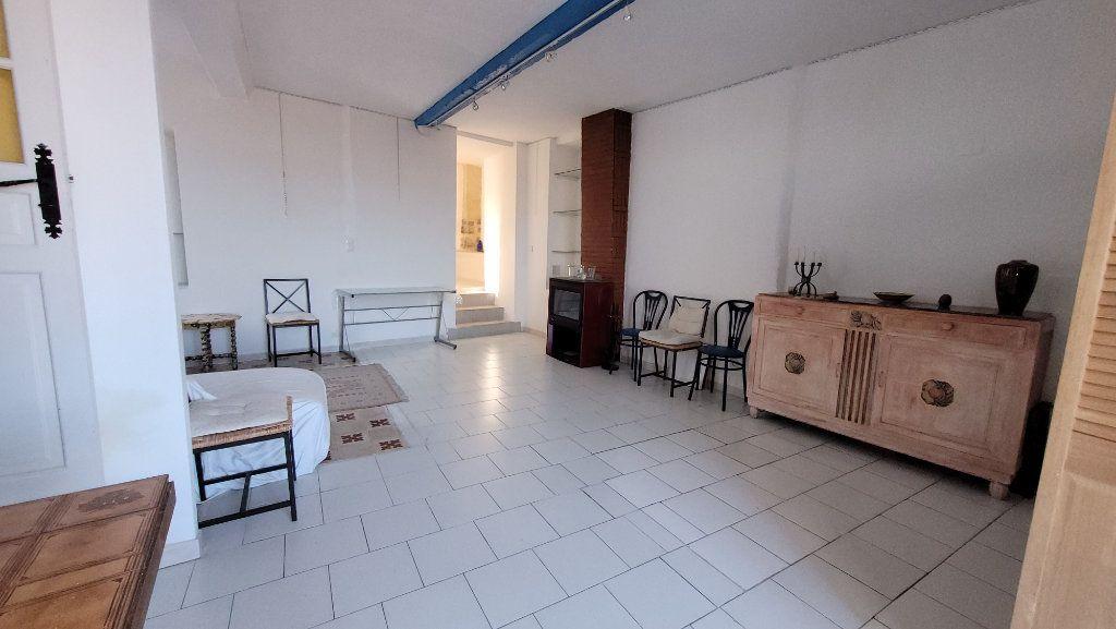 Maison à vendre 4 118m2 à Bélesta vignette-6