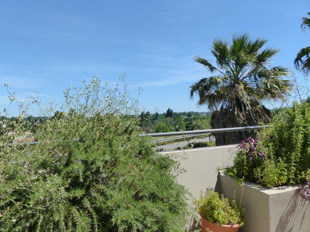 Appartement à vendre 4 138m2 à Perpignan vignette-2