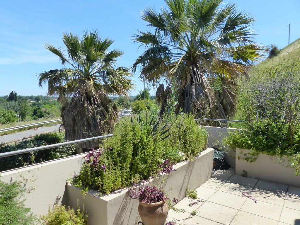 Appartement à vendre 4 138m2 à Perpignan vignette-3
