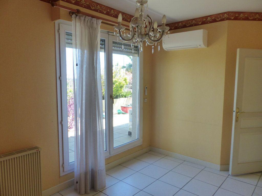Appartement à vendre 4 138m2 à Perpignan vignette-5