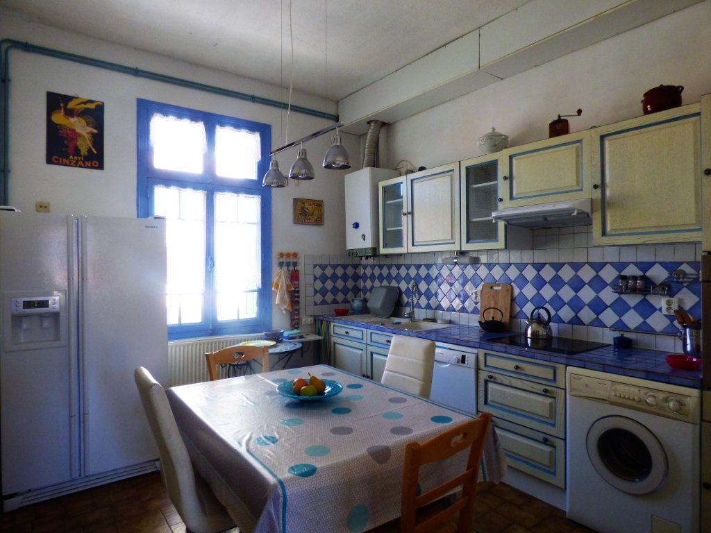 Maison à vendre 5 141m2 à Perpignan vignette-4