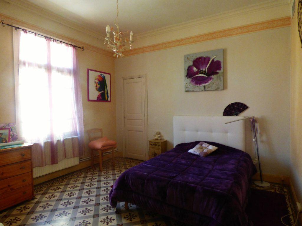 Maison à vendre 5 141m2 à Perpignan vignette-5