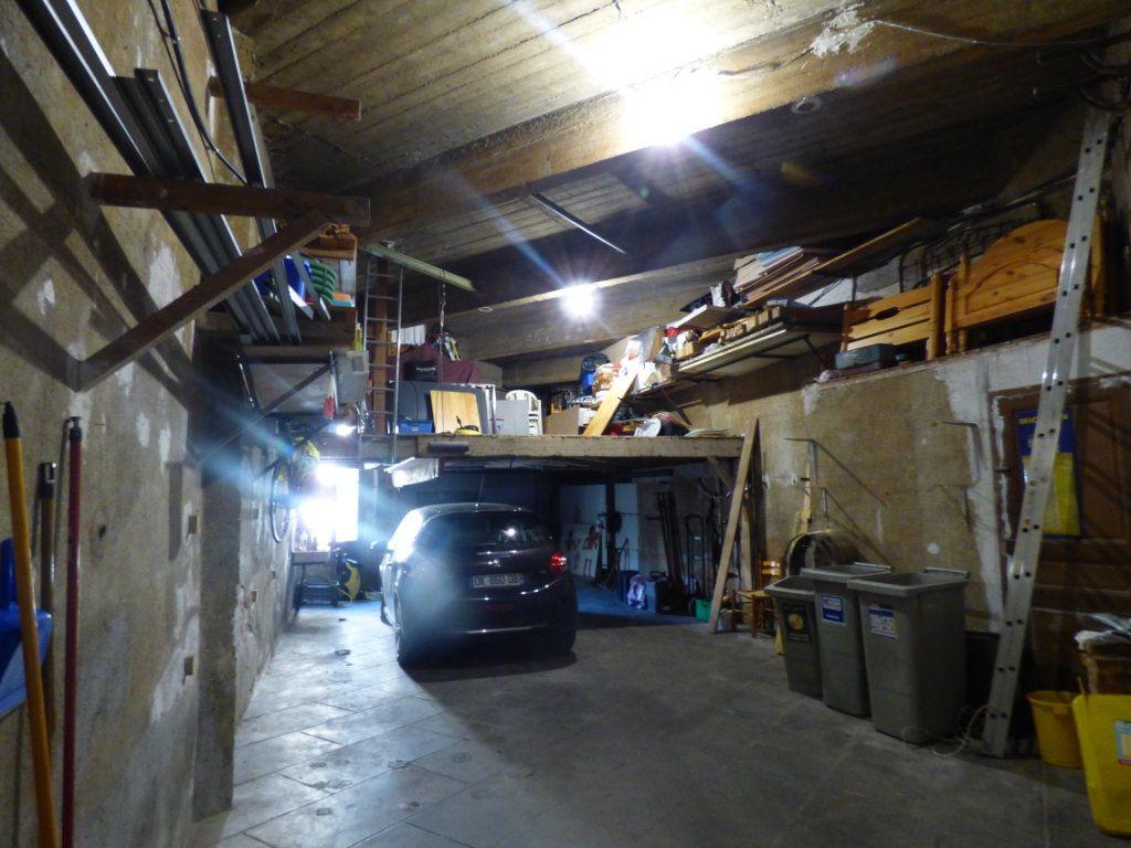 Maison à vendre 5 141m2 à Perpignan vignette-11