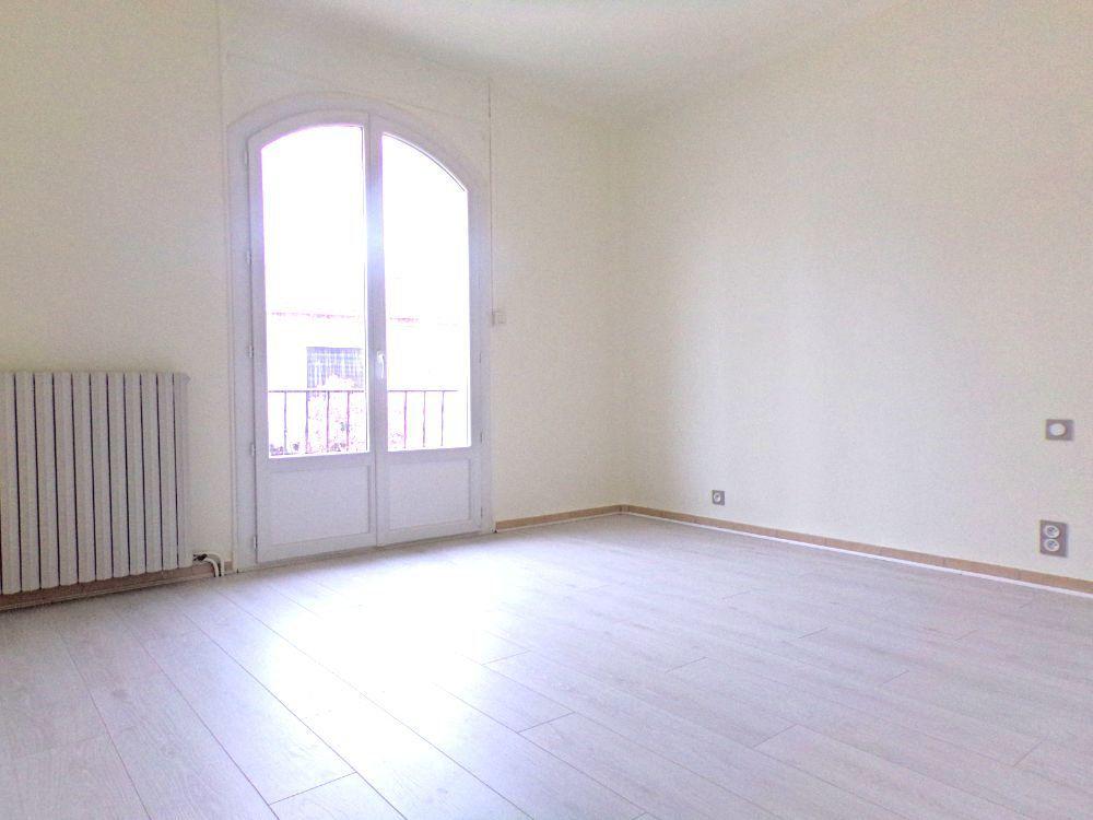 Maison à louer 6 107m2 à Perpignan vignette-6