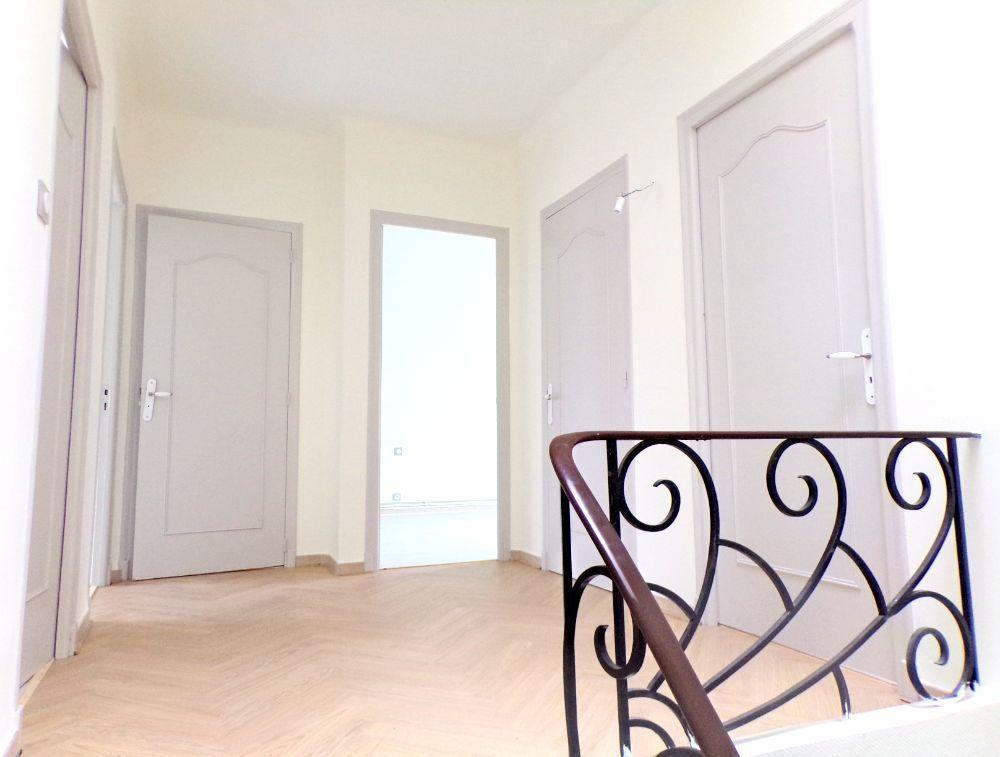 Maison à louer 6 107m2 à Perpignan vignette-7