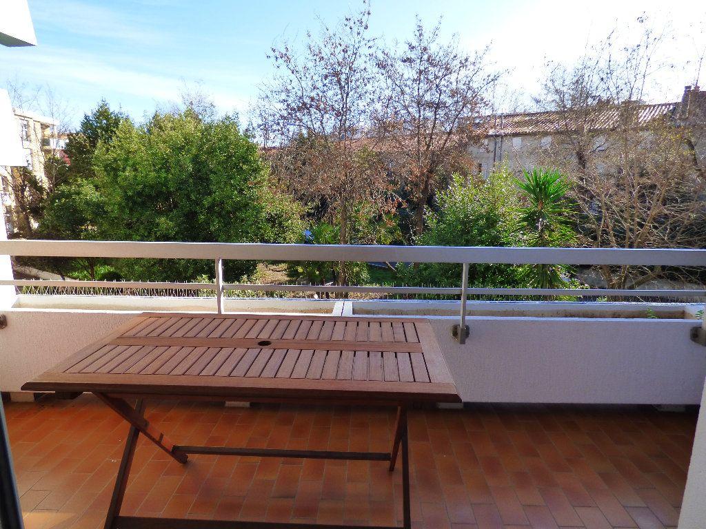 Appartement à vendre 2 47.22m2 à Perpignan vignette-3