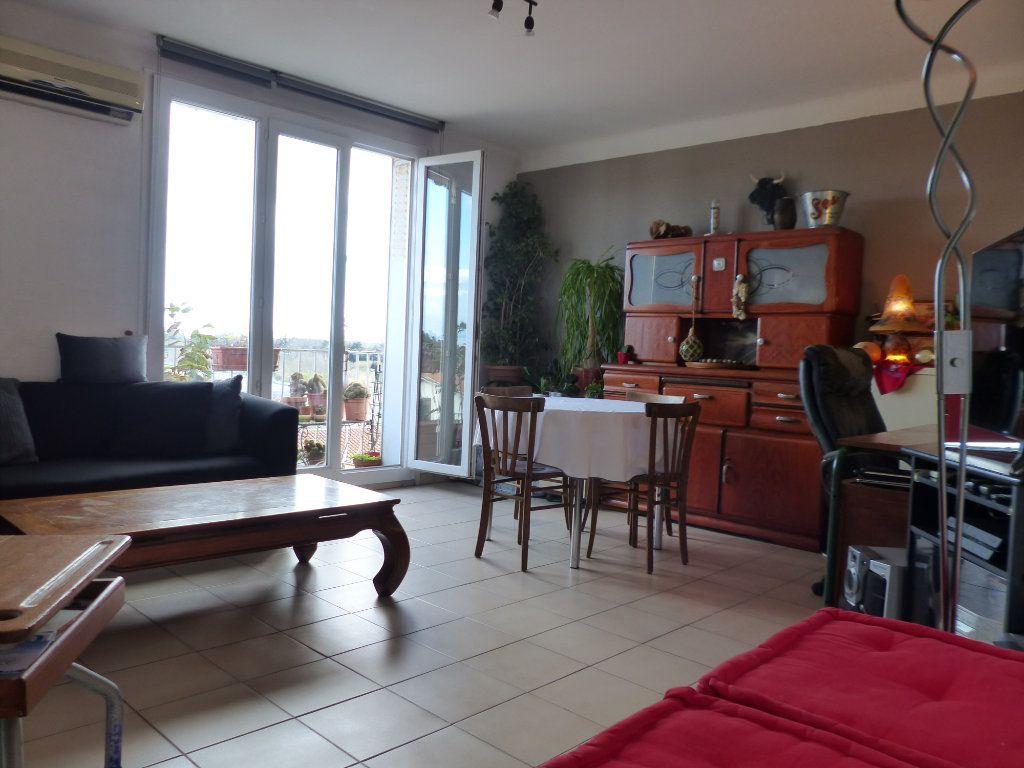 Appartement à vendre 3 68m2 à Perpignan vignette-1
