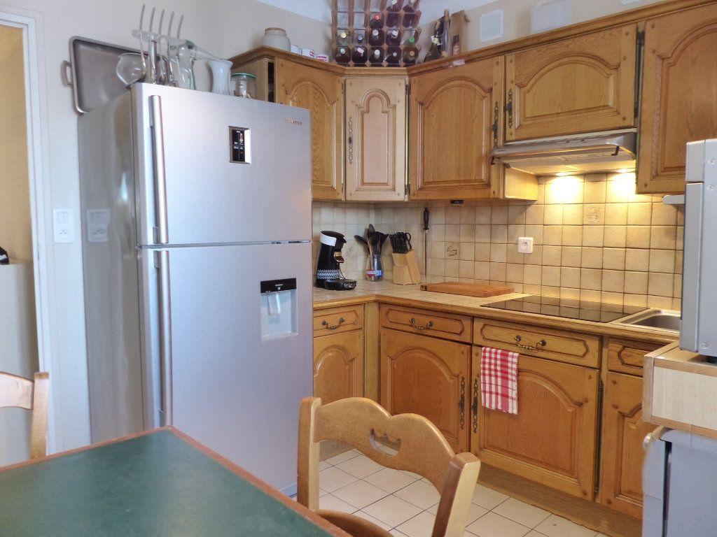 Appartement à vendre 3 68m2 à Perpignan vignette-2
