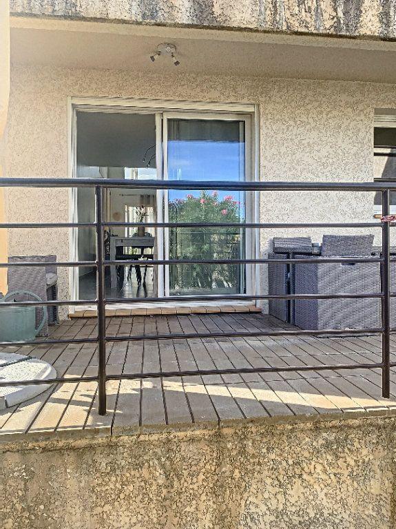 Maison à louer 5 140m2 à Rivesaltes vignette-11
