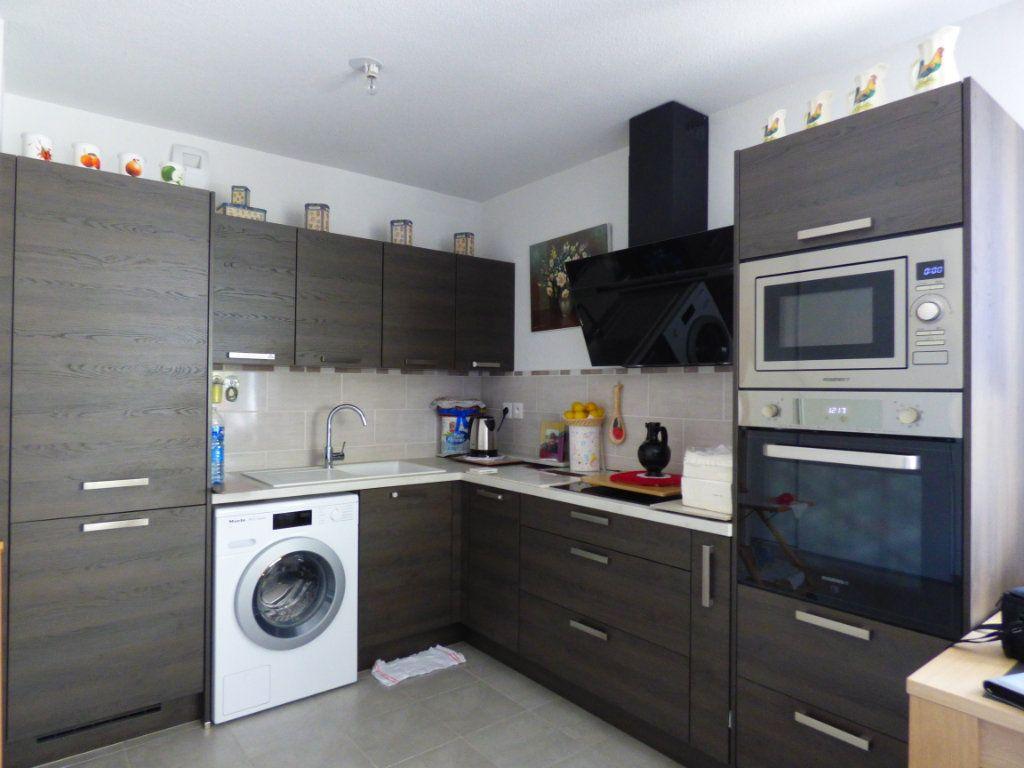 Appartement à vendre 3 65m2 à Perpignan vignette-3