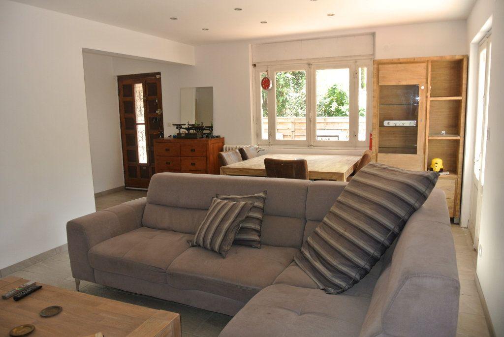 Maison à vendre 5 124m2 à Perpignan vignette-2