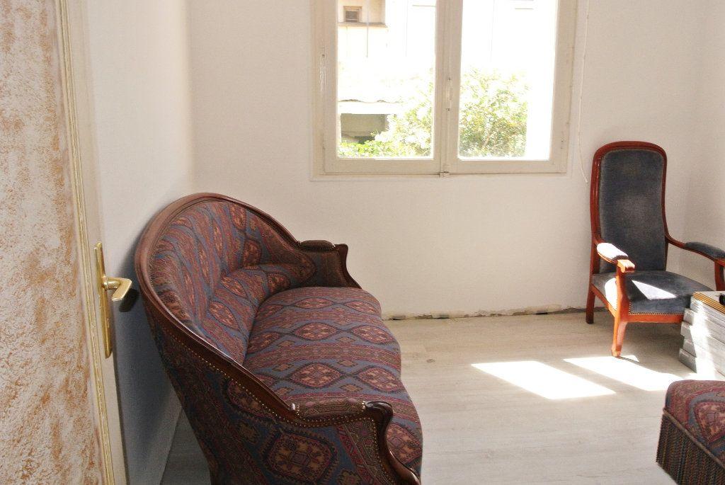 Maison à vendre 5 124m2 à Perpignan vignette-4