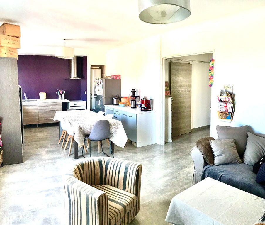 Maison à vendre 6 135m2 à Perpignan vignette-1