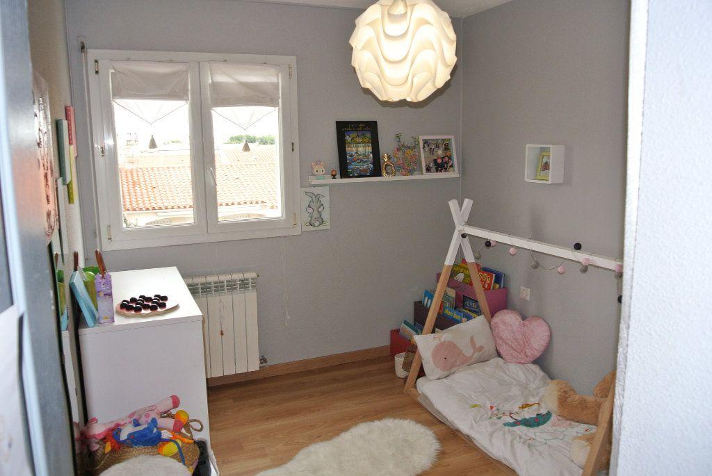 Appartement à vendre 3 128m2 à Perpignan vignette-4