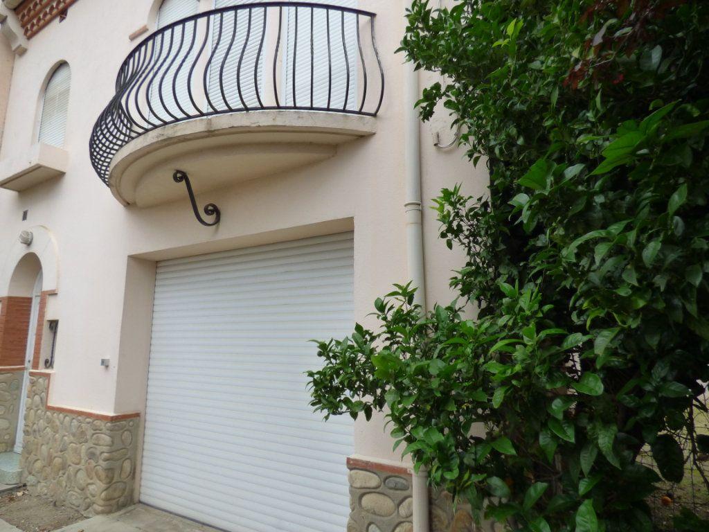 Maison à vendre 6 145m2 à Perpignan vignette-3