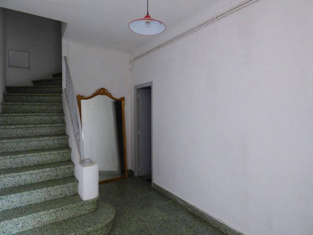 Maison à vendre 6 145m2 à Perpignan vignette-4