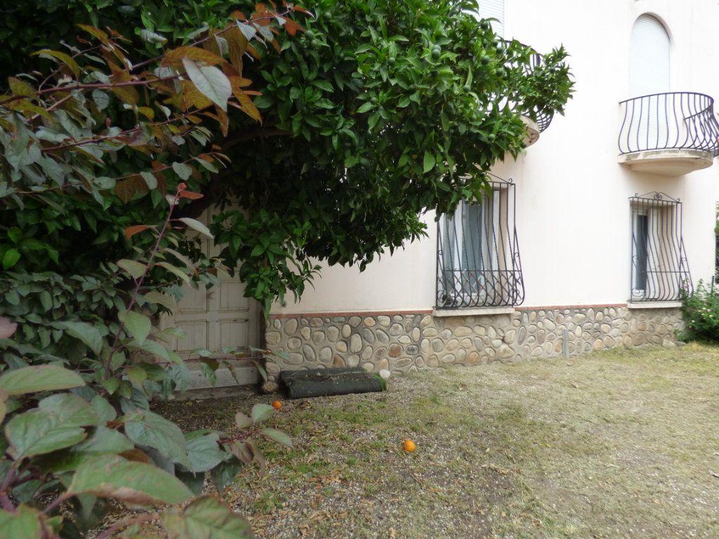 Maison à vendre 6 145m2 à Perpignan vignette-10