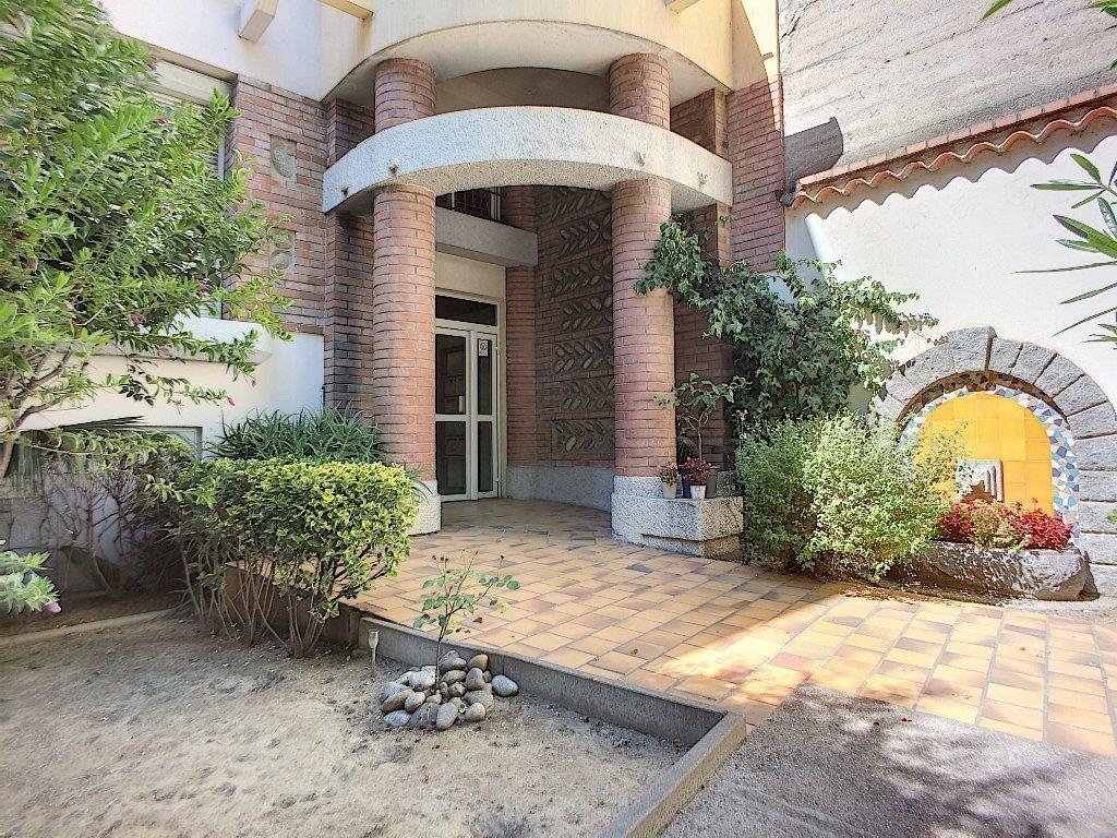 Appartement à vendre 2 45m2 à Perpignan vignette-7